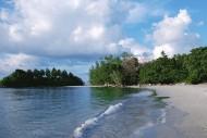 Pantai Lagoi Kepulauan Riau