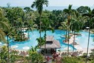 Resort di Pantai Lagoi Bintan