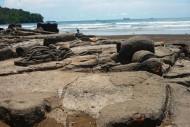 Batu Kapal Malin Kundang, Padang, Sumatera