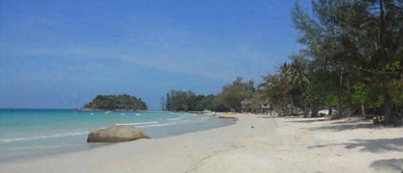 Keindahan Pantai Trikora, Kepulauan Riau