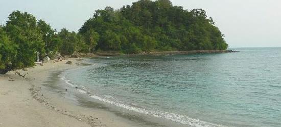 Pantai Wartawan Lampung